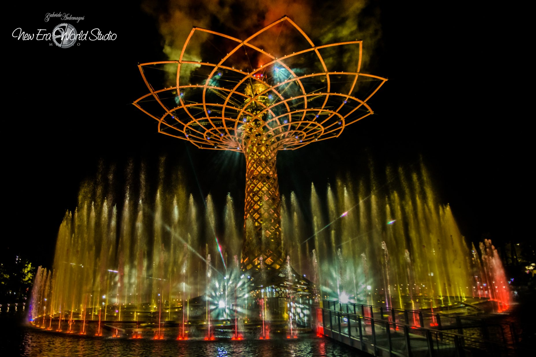 Expo 2015 Milan Tree of Life Foto by Gabriele Ardemagni