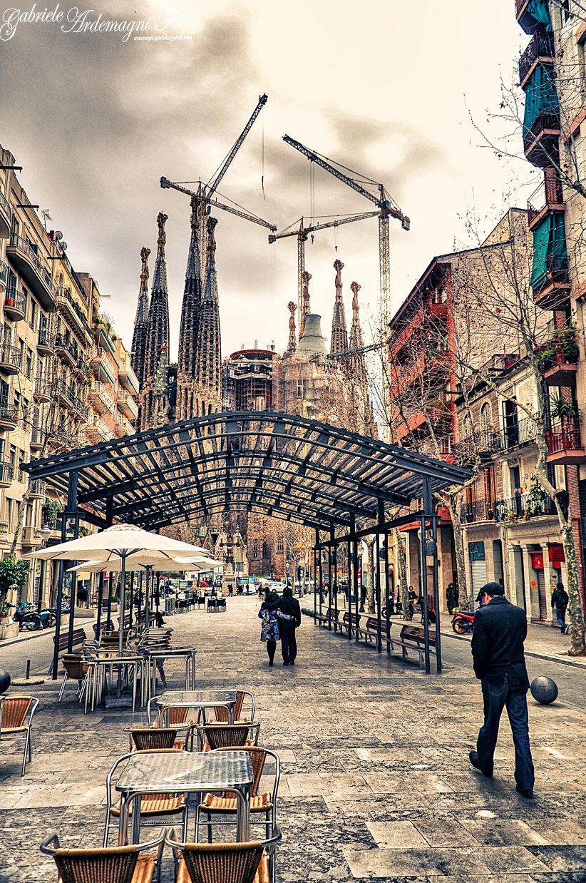 Barcelona Spain Sagrada Familia Foto by Gabriele Ardemagni