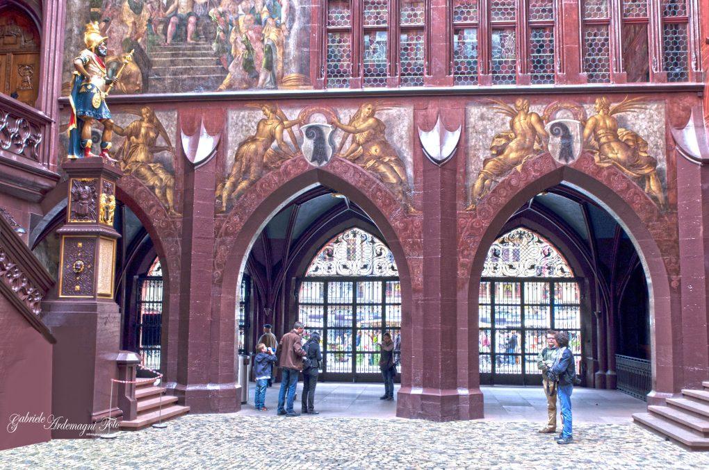 Basel Swiss Rathaus Foto by Gabriele Ardemagni