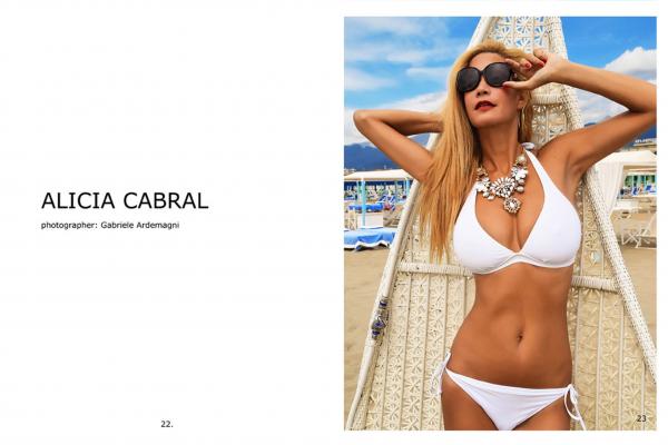Virtuosité Magazine #12 Belgium - Alicia Duran Model of the Month