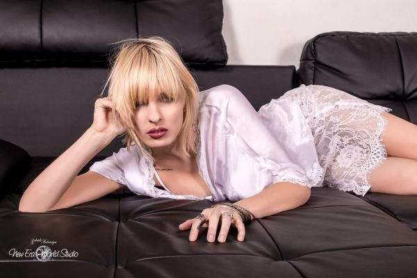 Editorial Preview Foto: www.gabrieleardemagni.com Modella: Xenia Surina - Major Milano  MUA & Stylist: Irene Otekpere Location: Milano